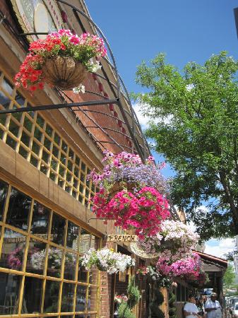 Historic Downtown Durango : Lovely Flowers -- added charm!