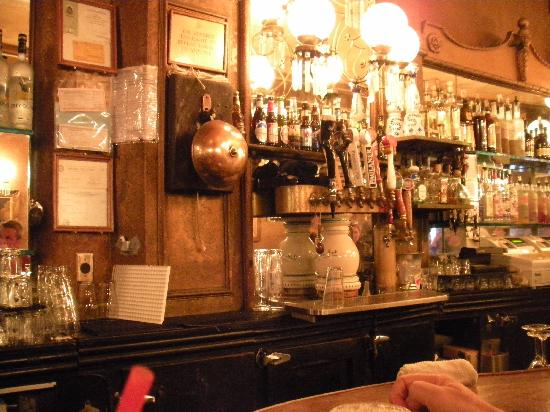 Gold Dust Lounge : The bar
