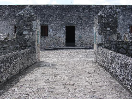 Bacalar, เม็กซิโก: Fort