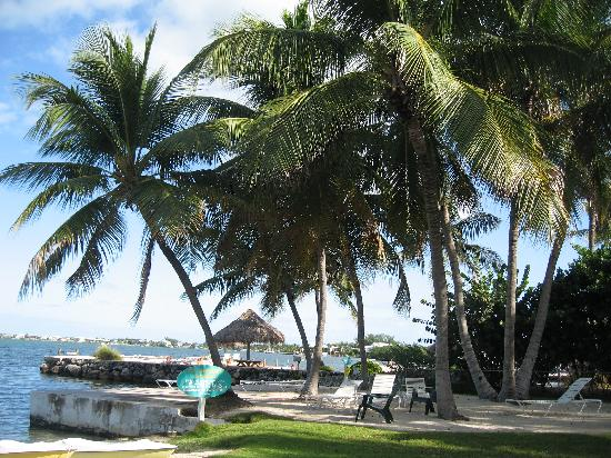 Coconut Bay Resort: private beach area