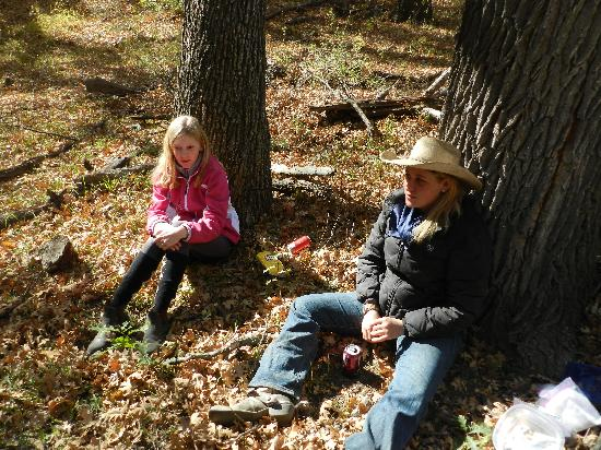 Geronimo Trail Guest Ranch: Sara and Britaney relaxes on the pic nic.