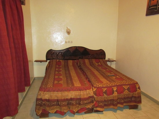 Le Bedik: the room