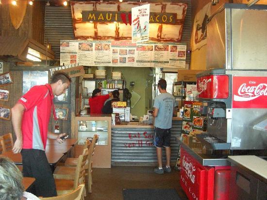Maui Tacos: 店内