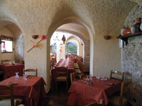 San Donato Val di Comino, Italy: fato  sala    grotte