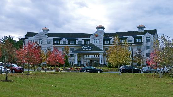 Comfort Inn & Suites Near Burke Mountain: Comfort Inn of Saint Johnsbury, Vermont