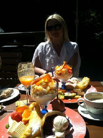 Giraffe Restaurant-Kneipe-Cafe: The Sweet Breakfast :)
