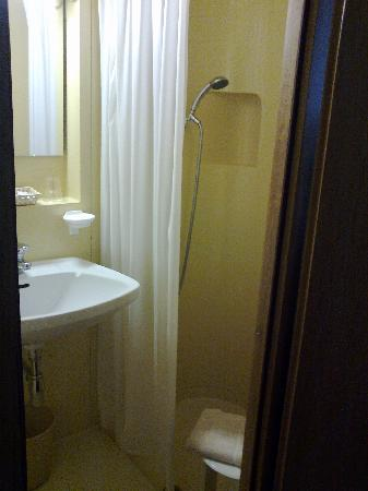 Conte Biancamano Hotel : bagno