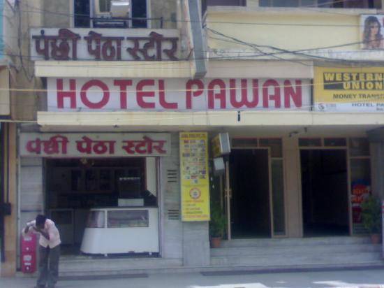 Outside of Pawan Hotel