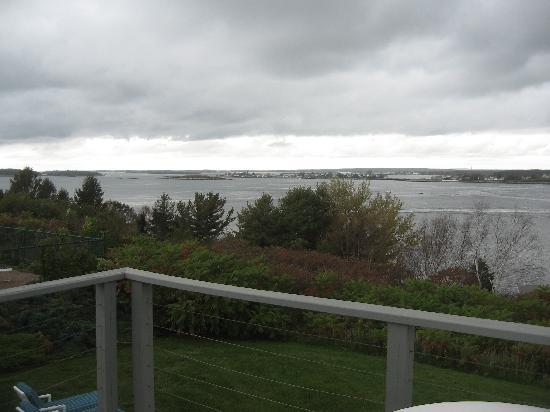 Log Cabin: An Island Inn: View from balcony