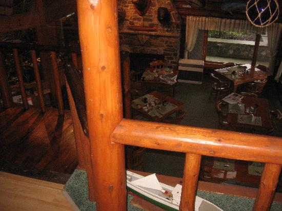 Log Cabin: An Island Inn : View into dining room just outside of Wiseman Room