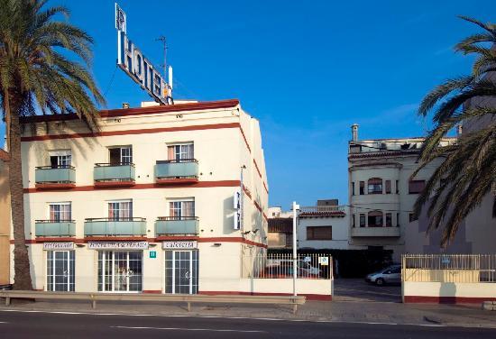 Vila de Premia : hotel y parking