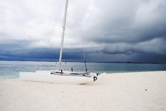 Nikoi Island: sea view