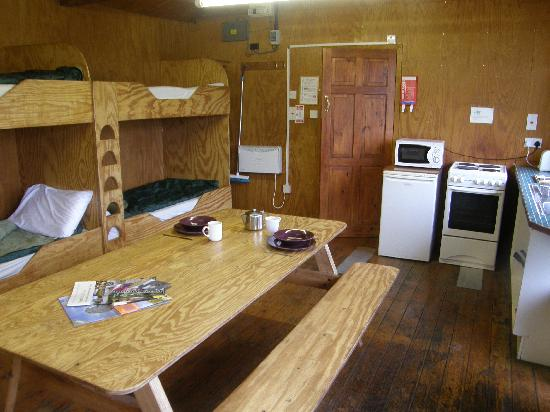 Dalesbridge Bunkhouses & Campsite: A six bed Bunkhouse