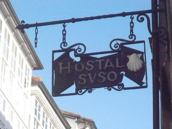 Hostal Suso: Hotel sign