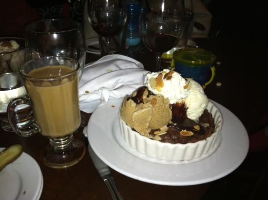 Charley's Eating & Drinking Saloon: The brownie & ice cream, with a cup of Kehele