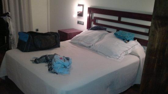 Hotel Casa del Trigo: cama matrimonio