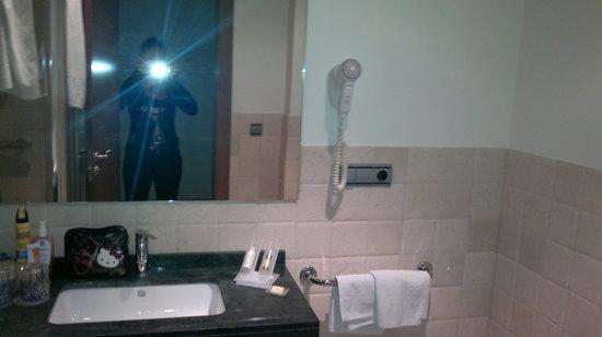 Hotel Casa del Trigo: baño