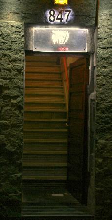 Buenos Aires Tango Hostel: La entrada
