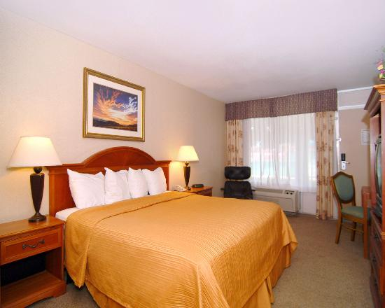 Quality Inn: Enjoy restful accomodations- King