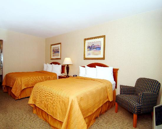 Quality Inn: Enjoy restful accoodations- Two Beds