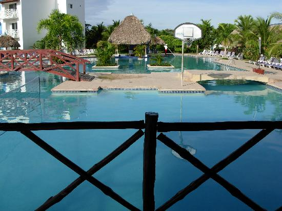 Hotel Playa Blanca Beach Resort: Main Pool