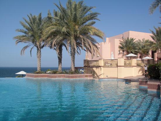 Shangri La Barr Al Jissah Resort & Spa-Al Husn: Al Husn Pool