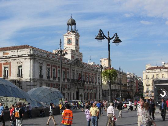 Puerta del sol photo de puerta del sol madrid tripadvisor for Puerta del sol 3