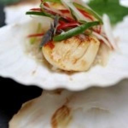 Koh: Scallops with Lychee Dressing