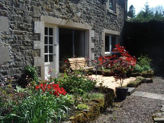 The Croft: Front garden
