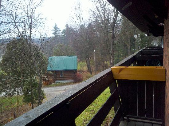 Alpengruss Motel: Balcony View
