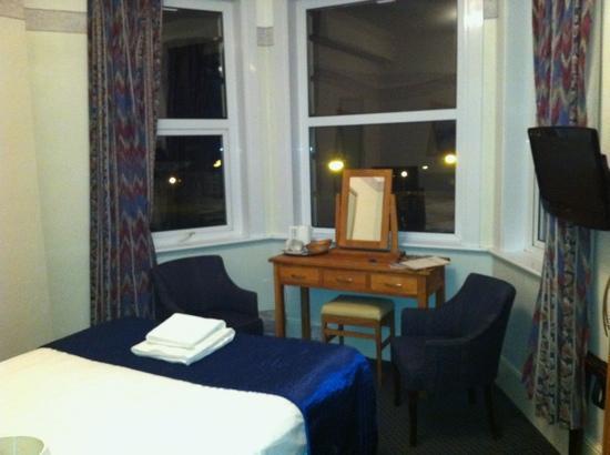 Smiths Court Hotel: room 16