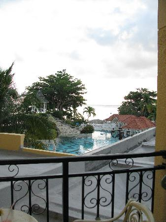 Jewel Dunn's River Beach Resort & Spa, Ocho Rios,Curio Collection by Hilton: View from rm 3106- can see ocean & main pool