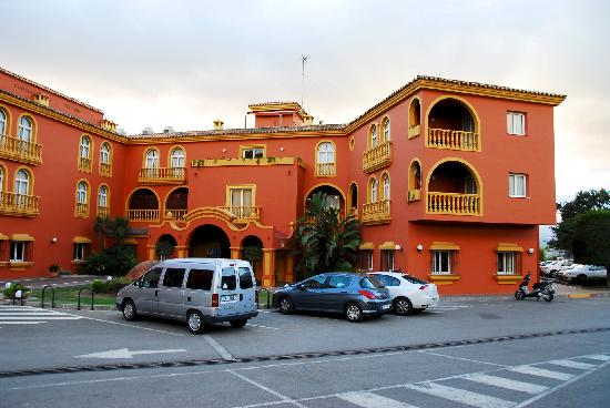 Alboran Algeciras: Front of hotel