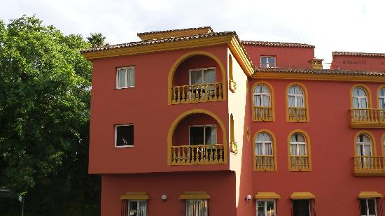 Alboran Algeciras: Exerior