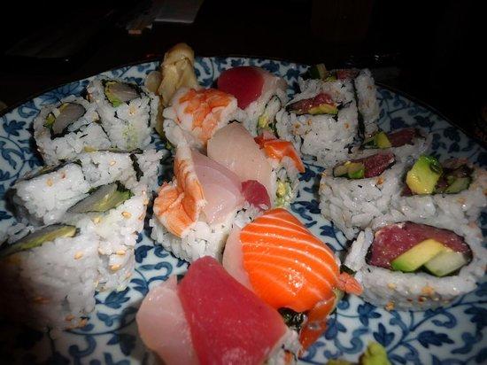 Sima-Ichi Sushi: Rolls and nigiri are fresh