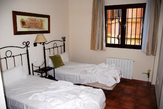 Caseria de Comares: Beds