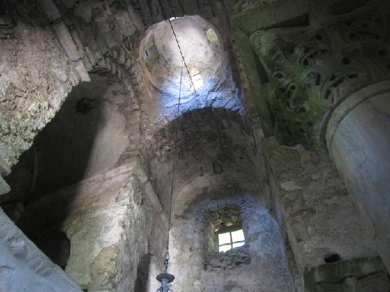 Isole Egee nord-orientali, Grecia: Inside the Metamorphosis Church in Karlovasi Samos