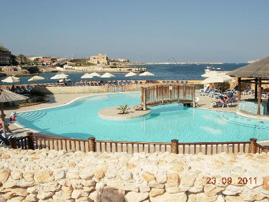 Ramla Bay Resort: Outdoor pool - No. 1