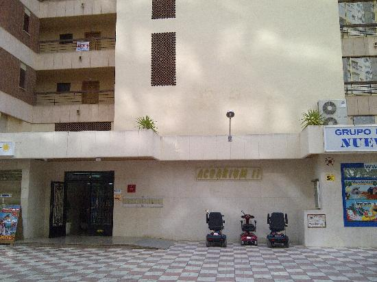 Acuarium Ii Apartments Outside View