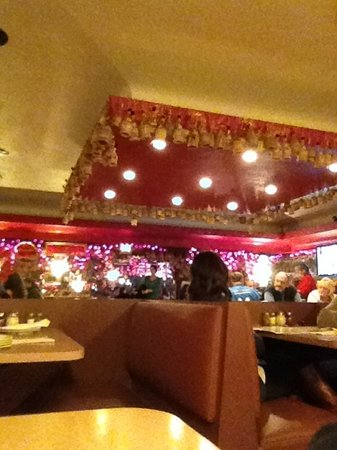 Photo of Italian Restaurant Loui's Pizza at 23141 Dequindre Rd, Hazel Park, MI 48030, United States