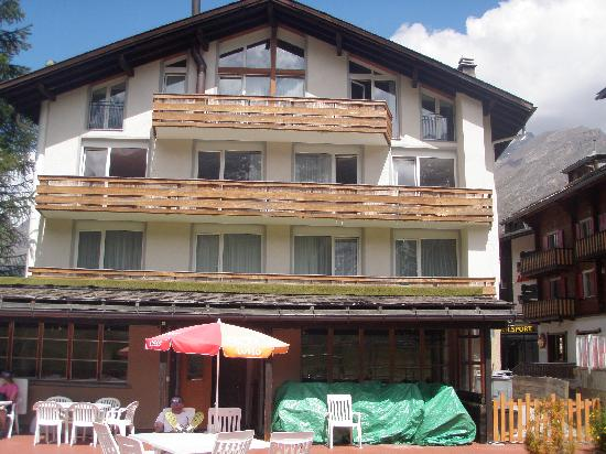 Chalet Hotel Annahof in the summer