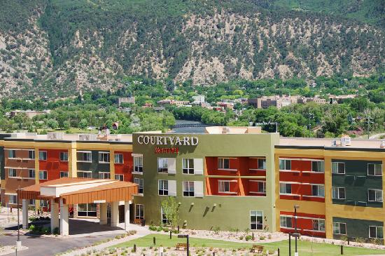 Courtyard Glenwood Springs: Newest hotel in Glenwood Springs