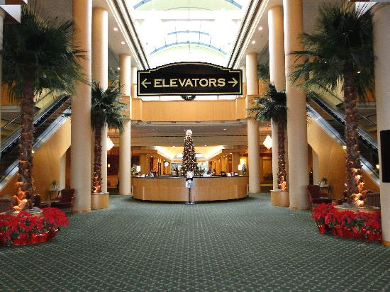 The Florida Hotel and Conference Center: Lobby
