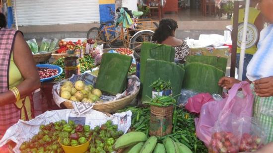 Patio Mexica: at the market