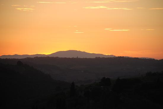 Villa Marcellini: Tuscany sunset