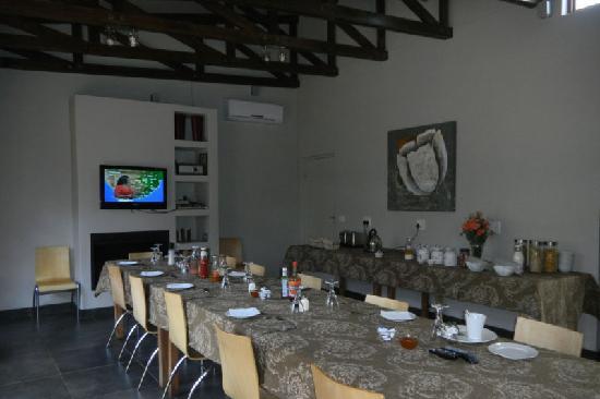 The Village in Hatfield: Breakfast room