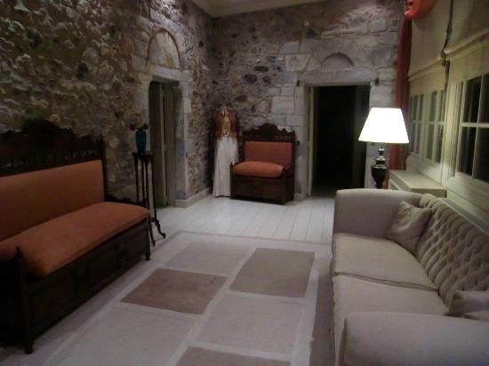Hotel Pyrgos Mystra : Couloir de l'hôtel