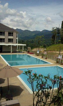 Cherengin Hills Convention & Spa Resort