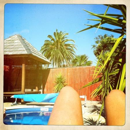Southview - Boutique Guest House: chilling by the pool