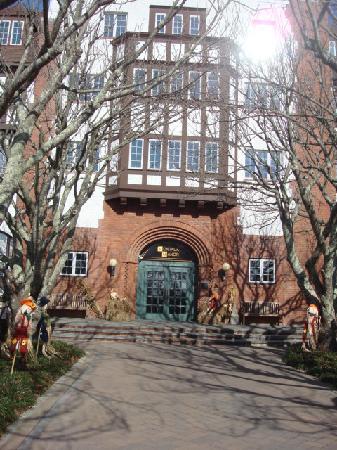 Montauk Manor: Exterior photo